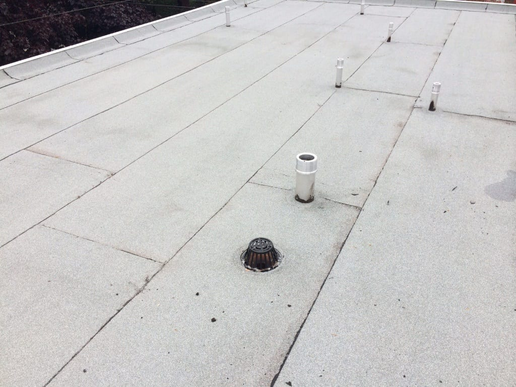 flat roof venting