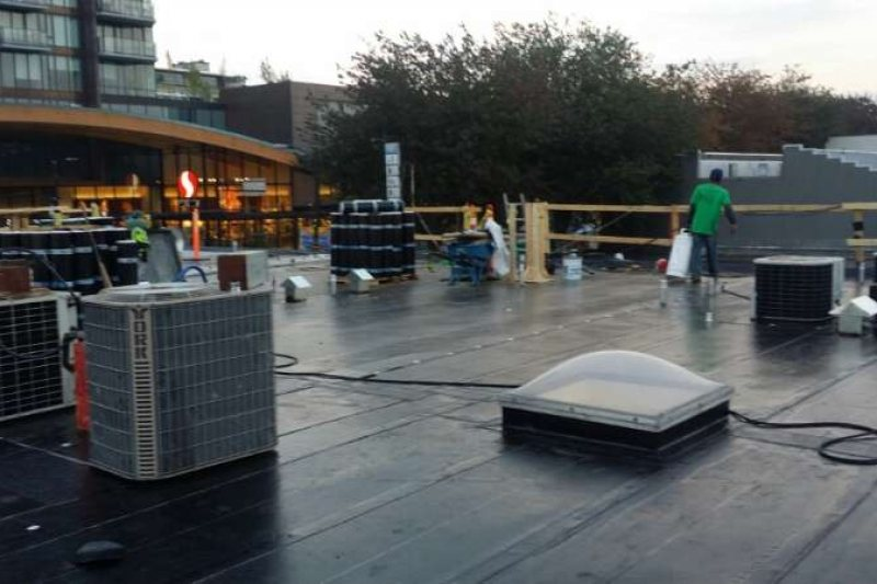 retail store roof repair