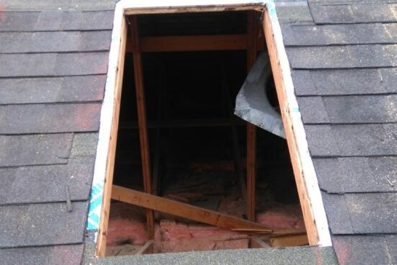 Roof skylight replacement vancouver