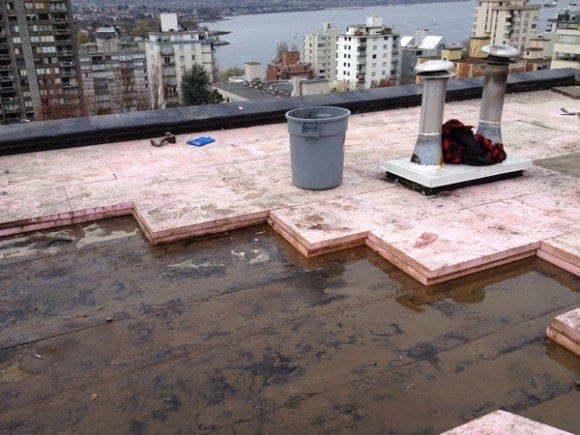 tips-for-maintaining-a-flat-roof