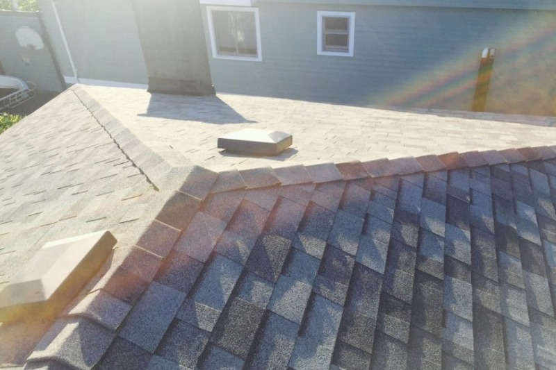 North Vancouver shingle roofers