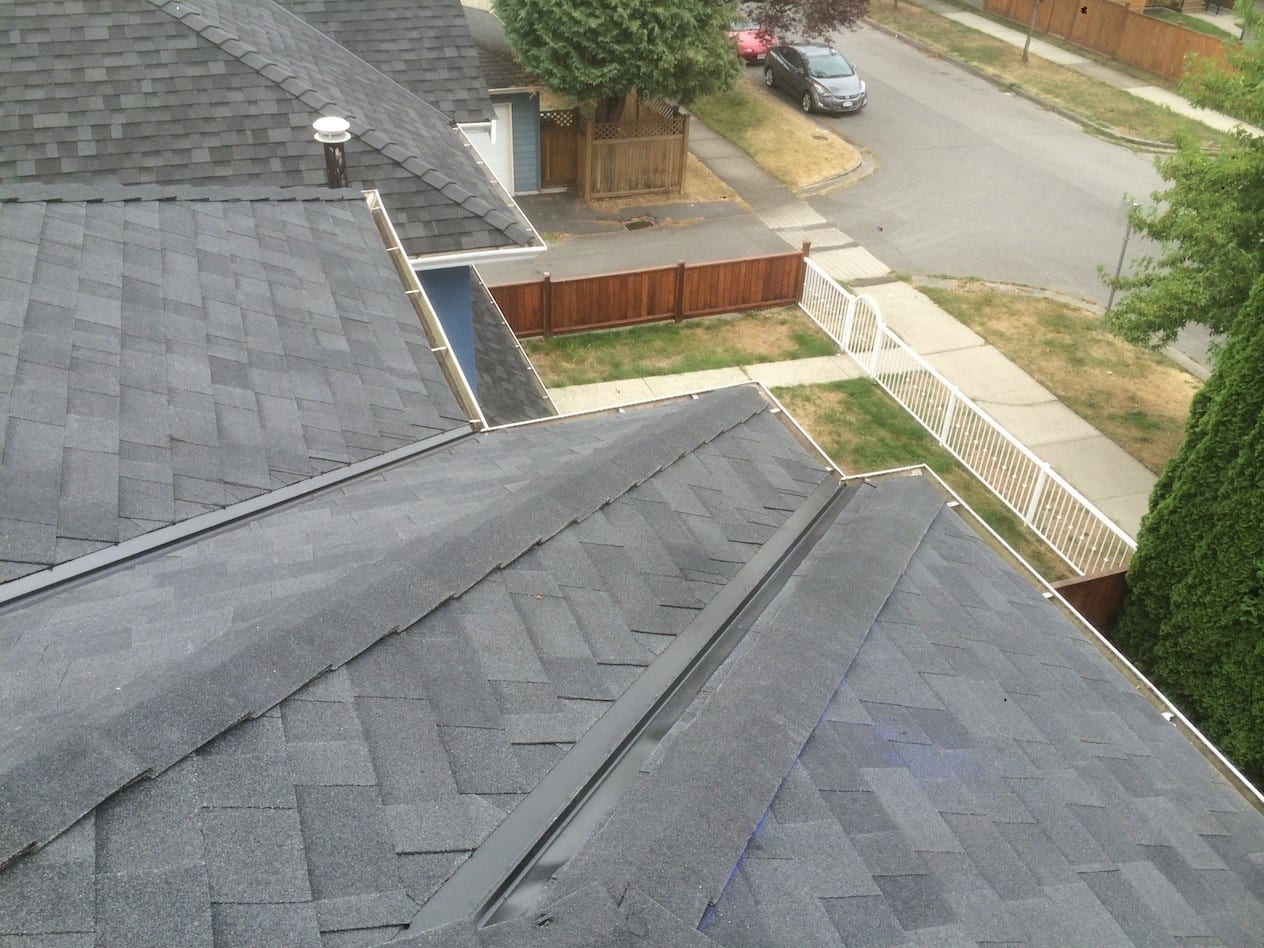 Perfectly trimmed roof valleys