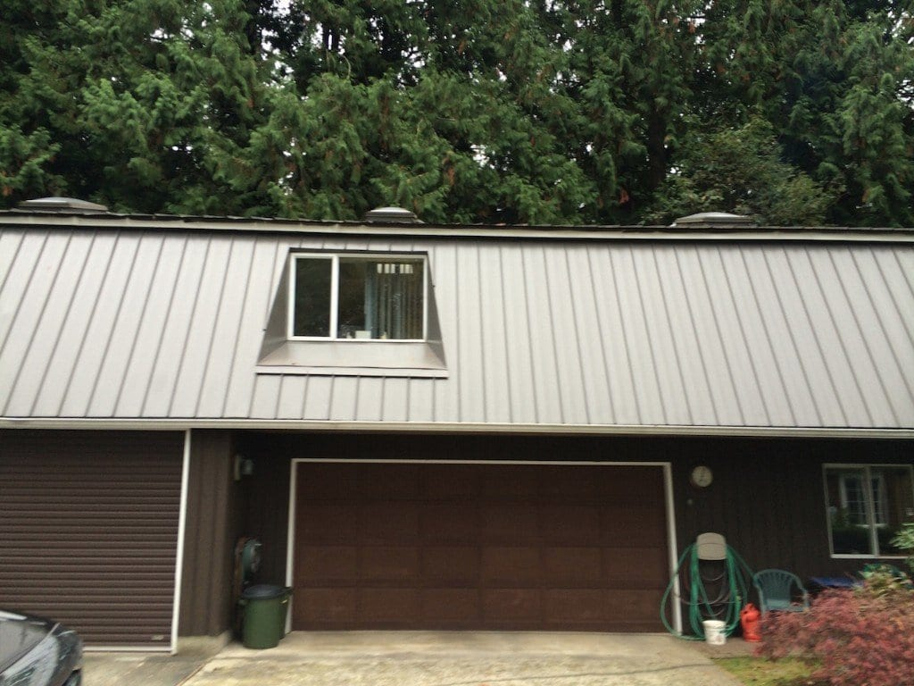 Garage metal clad roof
